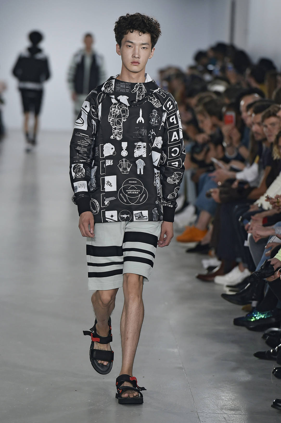 Christopher Raeburn, SS2017, Redone, eco-menwear, sustainable menwear, menwear brand, london, london fashion week, sustainable fashion for men, moda sostenible para hombres, moda ecológica para hombres, moda de lujo, luxury eco menswear, sustainable fashion designer, luxiders, luxiders magazine