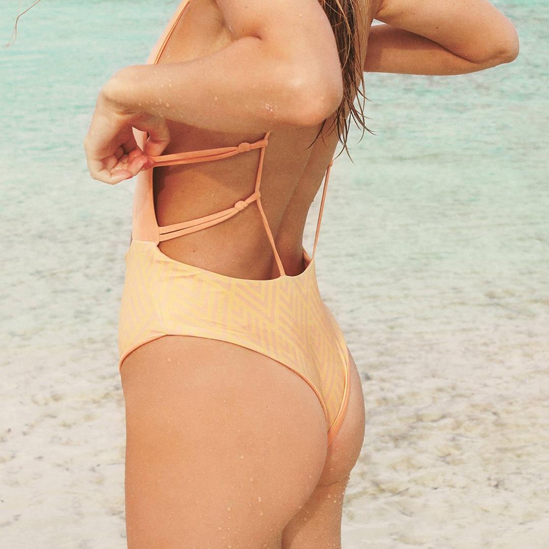the most beautiful swimwear of 2017, sustainable swimwear, swimwear, bikini, trikini, one piece swimwear, swimwear amara, amara, trends swimwear 2017, swimwear 2017, buy swimwear 2017, bañador, bikini, trikini, los bañadores más bonitos de 2017, los mejores bikinis de 2017, tendencias moda de baño 2017, moda de baño sostenible, moda de baño ecológica, eco swimwear, moda de baño ética, ethical swimwear