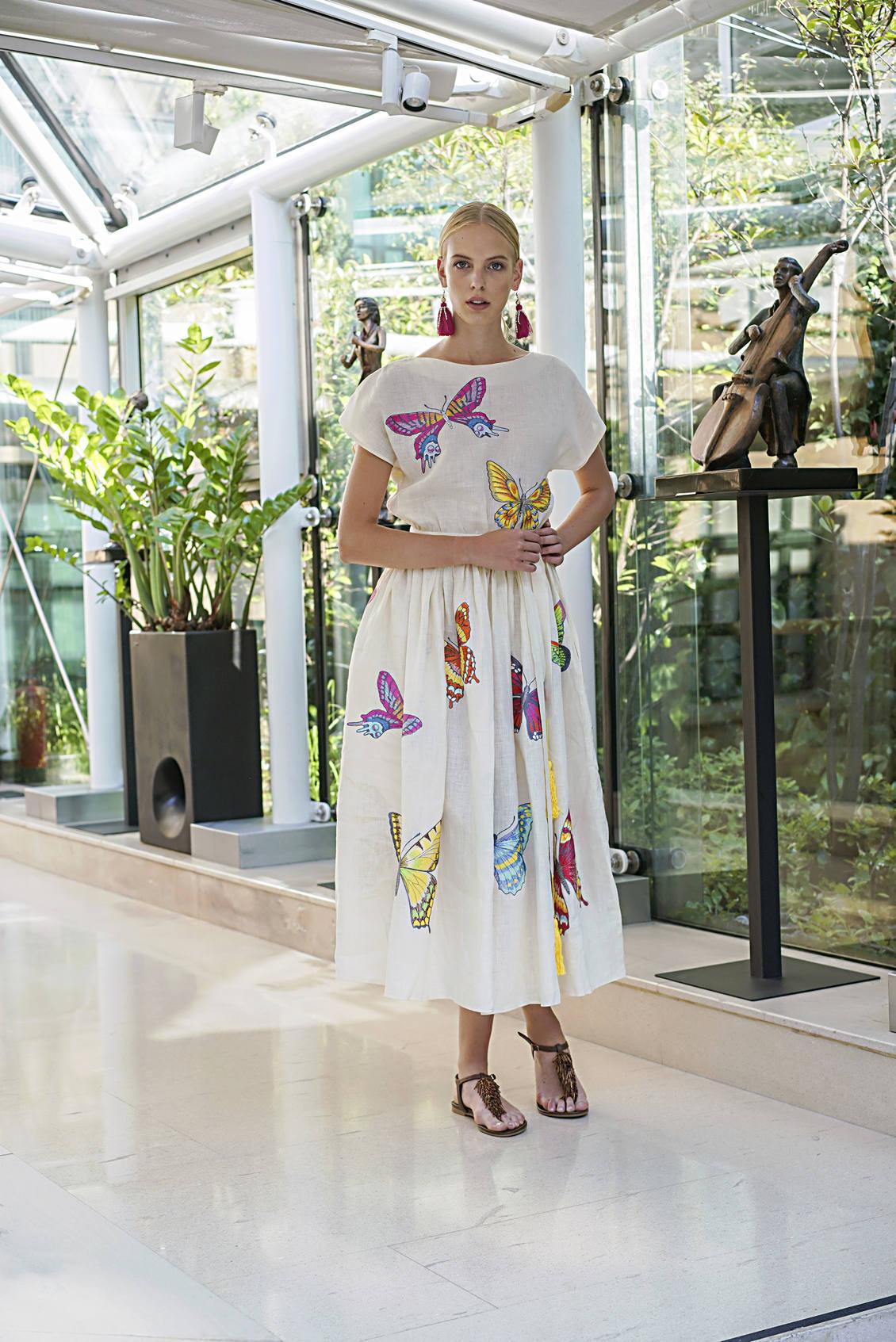 Luxuszeitschrift, nachhaltige Luxuszeitschrift, nachhaltige Modezeitschrift, nachhaltige Mode Blogger, beste nachhaltige Modezeitschrift, Luxus ethische Mode Online-Händler, Handwerk, Naturfasern, Recycling, Bio-Seide, Hanf, regenerierte Faser, umweltfreundlich, Garn aus Plastikflaschen, luxuriös, Öko-Luxus, Luxus-Magazin, zertifizierte Bio-Baumwolle, Nachhaltigkeit, kaufen nachhaltige Mode Deutschland, nachhaltige Mode Deutschland, nachhaltige Mode-Anbieter, nachhaltige Accessoires, nachhaltige Modedesigner, nachhaltige Modemarken, nachhaltige Mode Blog, nachhaltige Modeartikel, nachhaltige Modedesigner, nachhaltige Mode Kleidung, nachhaltige Mode kaufen, nachhaltige Modezeitschrift Deutschland, Mode in Deutschland, Streetstyle, Streetstyle Fashion Editorial, Fashion Editorial, nachhaltige Mode Streetstyle, nachhaltige Fashion Editorial, nachhaltige Streetstyle, Eco Fashion, ethische Mode, langsame Mode, grüne Mode, Stil, Lebensgefühl le, nachhaltige mode marken europa, ethische marken, ethische kleidung europa, ethische kleidung marken uk, ethische kleidung, mammisi, avasan, sylvia calvo, anuscas familie, maldita maria, root sonnenbrille, camila samt, gewidmet marke, kimono, uhr, schal, Made in Spanien, Luxusmode in España, Madrid, nachhaltige Mode aus Spanien, Fanm Mon, sustainable fashion, luxiders, luxiders magazine, mochni, the good trade, deluxe magazine, sustainable luxury magazine, sustainable fashion magazine,sustainable fashion blogger,best sustainable fashion magazine,luxury ethical fashion online retailer, craftsmanship,natural fibers, recycling,organic silk, hemp, regenerated fibet, eco-friendly,yarn from plastic bottles, luxurious, eco luxury, luxury magazine, certified organic cotton, sustainability, buy sustainable fashion germany, sustainable fashion germany,sustainable fashion suppliers, sustainable accessories, sustainable fashion designer, sustainable fashion brands, sustainable fashion blog,sustainable fashion articles, sustainable fashion desi
