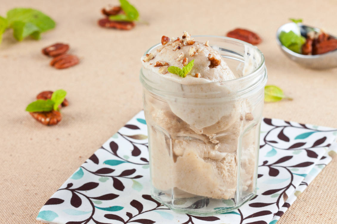 Banana ice cream in glass with nuts and mint, bruschetta with herby tofu scramble and grilled cherry tomatoes, roasted spicy chickpeas, vegan recipes, best vegan recipes, vegan snacks, vegan snacks recipes, go vegan, how to cook vegan, vegan ideas