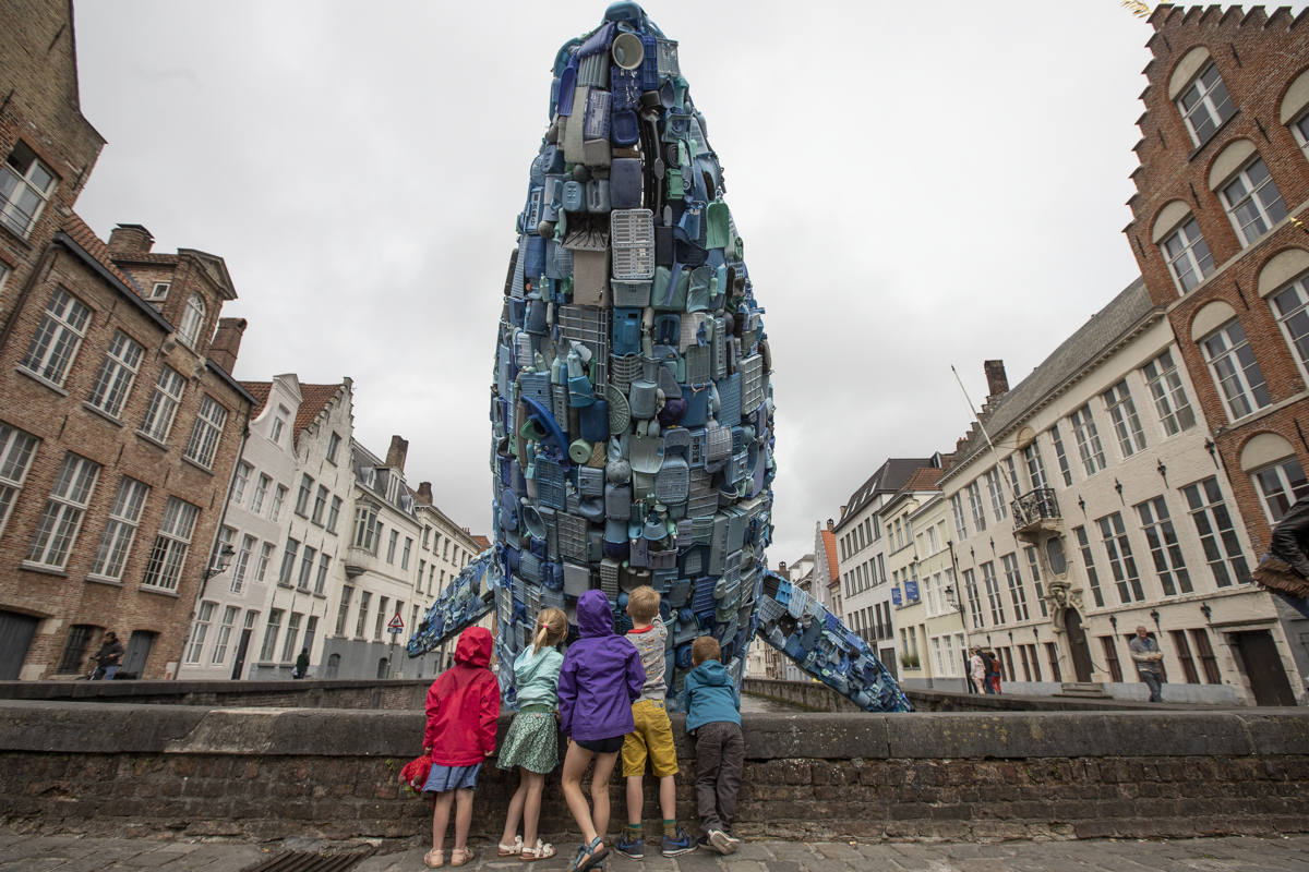 The Bruges Whale, plastic waste, plastic free, plastic, plastic-free, environment, save the planet, environment art, environment installation, studiokca, art for a better world, activist art, heads in the clouds, Skyscraper, architecture, design