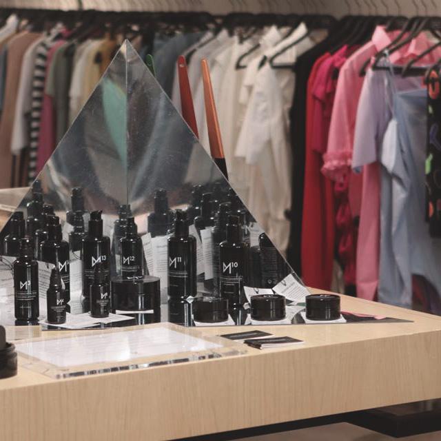 THEFEETINGROOM LISBoa, FASHIONFORGOOD store ,sustainable concept store, sustainable concept shop, sustainable shopping, sustainable shopping guide, sustainable shopping lisboa, sustainable stores portugal
