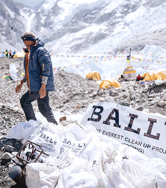 Bally cleans-up Everest's Peak removing two tons of waste