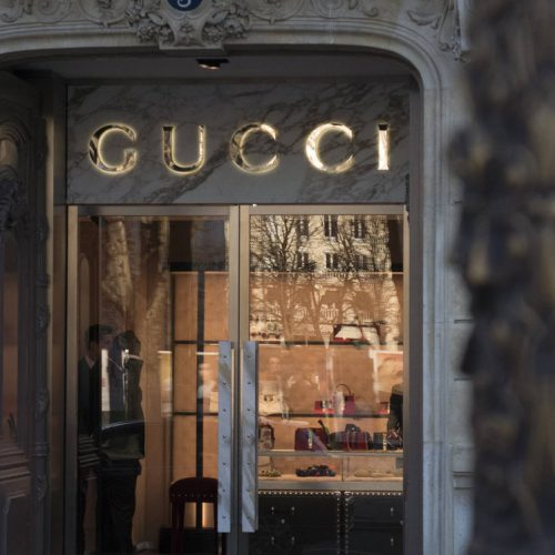 is Gucci sustainable?, is gucci a sustainable brand, Gucci, sustainability, gucci sustainability, 10 year sustainability plan, Gucci corporate sustainability, Marco Bizzarri, Gucci Equilibrium, Gucci environmental impact, Gucci ten-year Culture of Purpose sustainability plan, Nachhaltigkeitsplan, plan de sostenibilidad, plan de diez años, sostenibilidad de gucci,