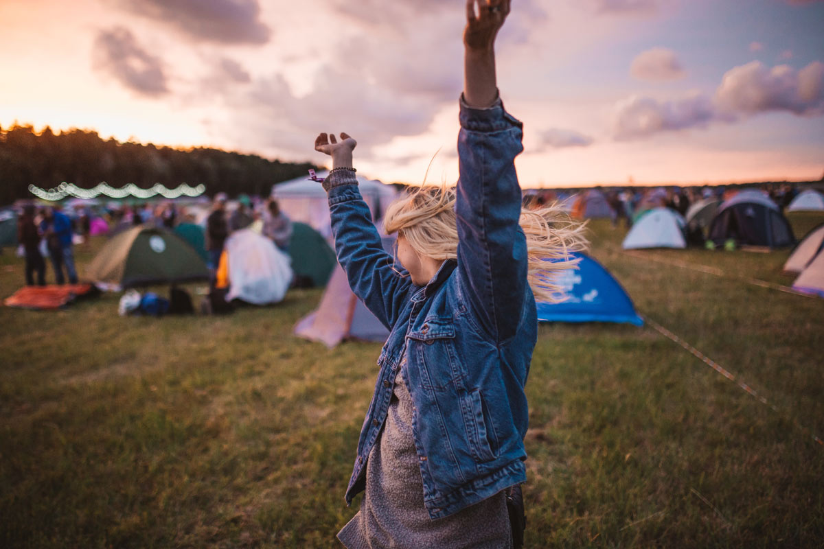 loud festival, hearing damage, hearing health, animal health,loud music, festival pollution, festival goers, festival australia, shambala festival, Splendour in the Grass, Glastonbury festival, festival uk, festival denmark,