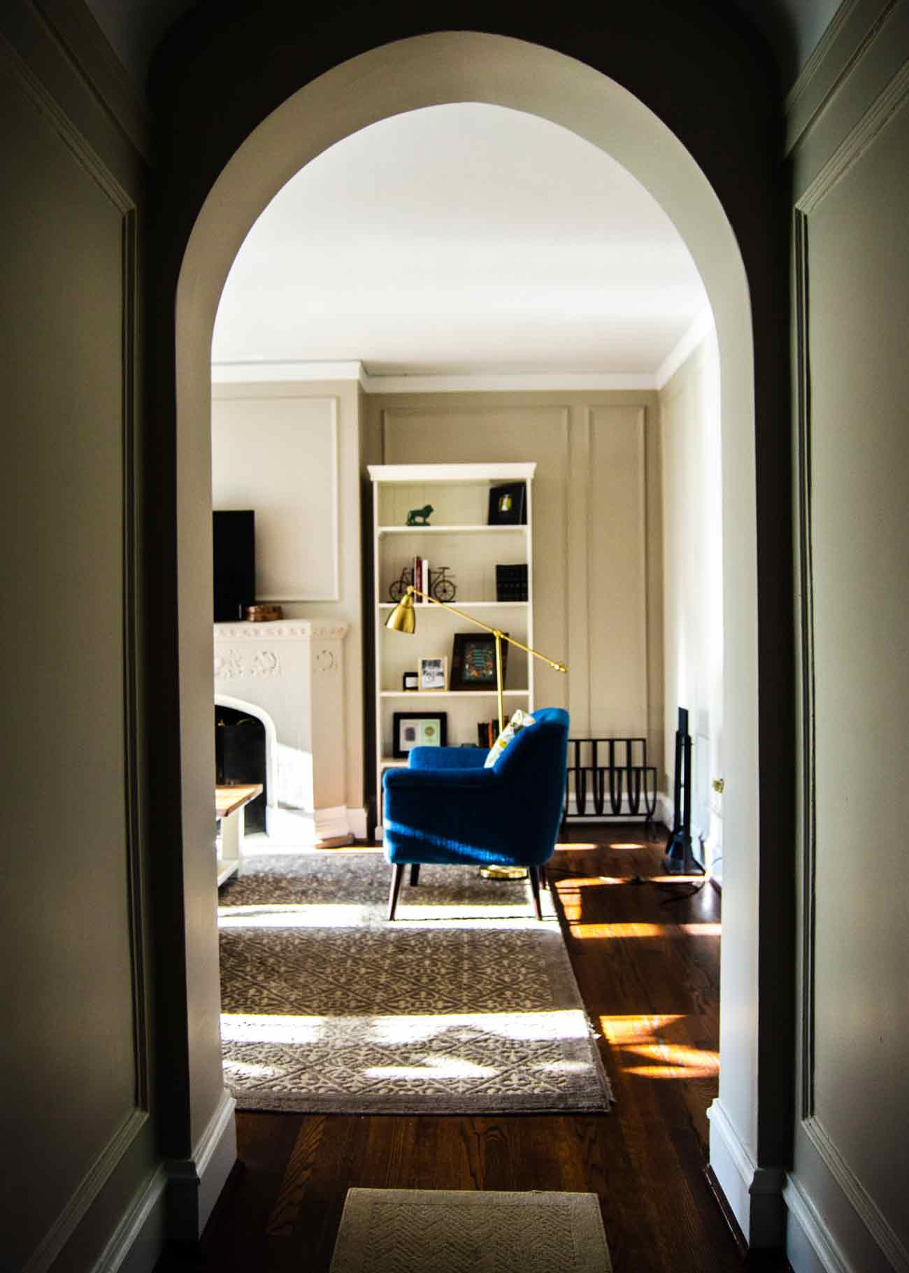 Art-Of-Finding-Reusing-Restyling-Vintage-Furniture-luxiders-magazine