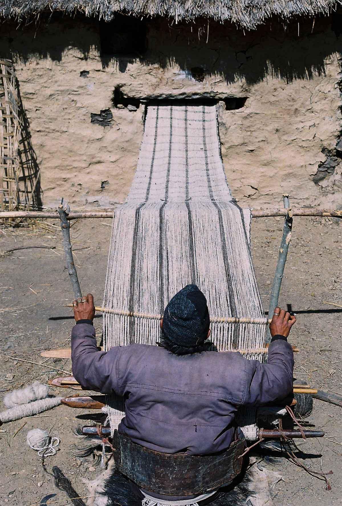 alternative textiles, brand, ethical, ethical fashion, fair fashion, fashion and craftmanship, Fashion Future, hemp, hemp textiles, hemper, luxury fashion, Nepal, preserving traditions through fashion, supply chain, sustainable fashion, Sustainable luxury, textiles, transparent, value chain, weaving