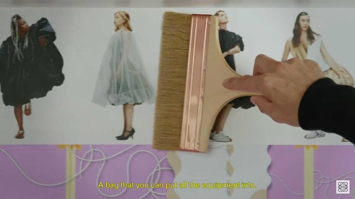 loewe-brush-show-on-wall-luxiders