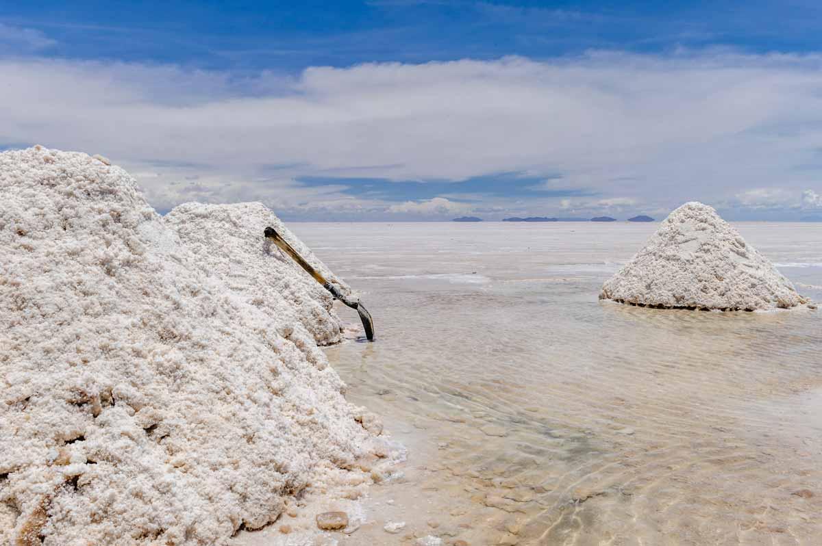 salt-rocks-bolivia-luxiders