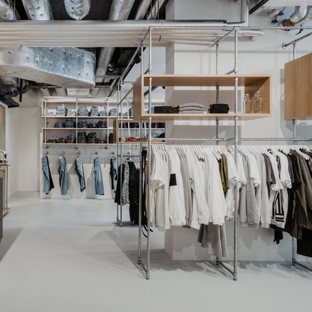 sustainable shopping guide, where to buy sustainable fashion, ethical shopping guide, where to buy ethical fashion, glore, sustainable fashion shop in Lutzen, Glore