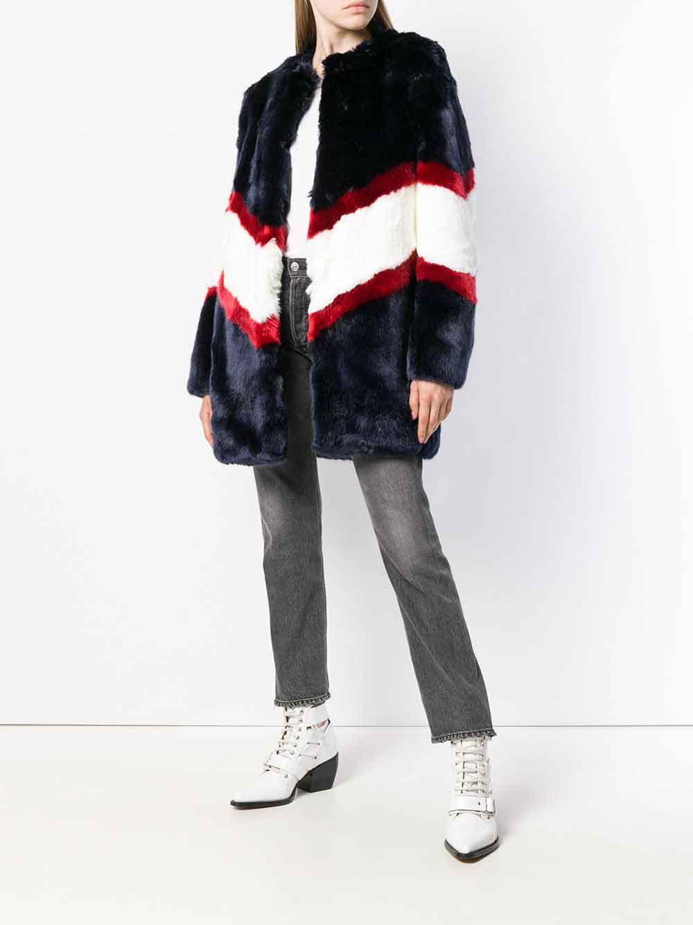 La-Seine-&-Moi-faux-fur-real-fur-Luxiders-magazine