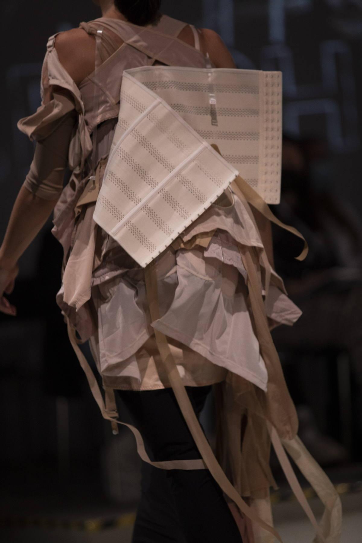 Neo Fashion Awards, Neo.Fashion, emerging designers from Germany, Berlin Fashion Week, Fashion University Germany, Aylin Tomta, Flora Taubner, Best Craftsmanship award, Burg Giebichstein Kunsthochschule Halle, Best Sustainability Concept Award, Akademie für Mode und Design, Paul Kadjo